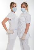 Paar vrouwelijke gezondheidswerkers Stock Afbeeldingen