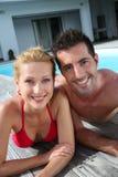 Paar in zwempak Royalty-vrije Stock Fotografie