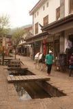 Paard die rond de oude stad van Shuhe lopen. Royalty-vrije Stock Afbeelding
