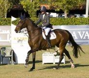 Paard die - Rutherford Latham springen Royalty-vrije Stock Foto's