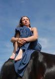 Paard en droevige tiener Royalty-vrije Stock Foto's