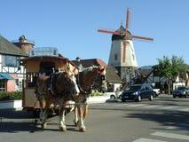 Paard Getrokken Kabelwagen in Solvang Californië Royalty-vrije Stock Afbeeldingen