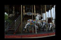 Paard op een carrousel stock foto