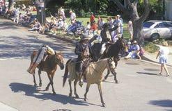 Paarden en Cowboys in 4 de Parade van Juli, Vreedzame Palissaden, CA Royalty-vrije Stock Foto
