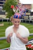 Paardenrennen, de dag van Dames bij Halsdoek Royalty-vrije Stock Foto's