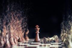 Paardoorlog bij schaak met zandstorm Royalty-vrije Stock Afbeelding