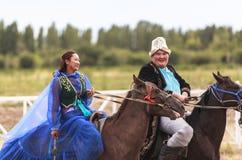Paardrijden in Kyrgyzstan Stock Foto's