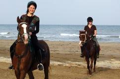 Paardrijden in Oman Royalty-vrije Stock Foto's