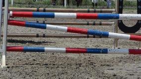 Paardskips hindernissen stock footage