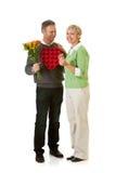 Paare: Überraschungen für Valentinstag-Feiertag Stockbild