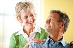 Paare: Überzeugte reife Paare Lizenzfreie Stockbilder