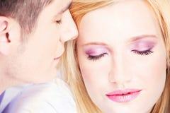 Paare auf Kissen Stockbilder