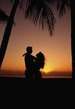 Paare auf Strand Lizenzfreie Stockfotos