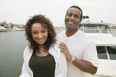 Paare auf Yacht Lizenzfreie Stockfotos