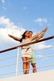 Paare ausgestreckte Kreuzfahrt Lizenzfreies Stockfoto