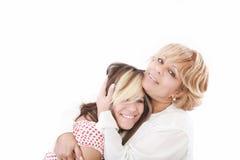 Paare bemuttern und Jugend stockfotos