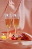 Paare Champagnerflöten Stockfotografie