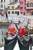 Paare der Gondel in Venedig Lizenzfreies Stockfoto