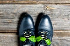 Paare der italienischen Schuhe Stockfotos