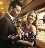 Paare in der Liebe, Verpflichtung lizenzfreies stockfoto