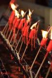 Paare der roten Kerzen Stockbilder