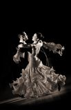 Paare an der Tanzenhaltung Lizenzfreies Stockfoto