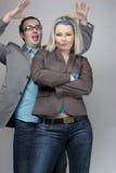 Paare des lustigen Geschäfts Lizenzfreie Stockfotos