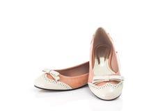 Paare des weiblichen Schuhes Stockfotos