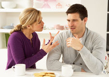 Paare, die Argument haben stockfotos