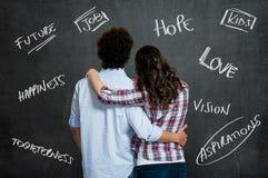 Paare, die an die Zukunft denken Stockbild