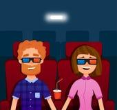 Paare, die einen Film im Kino aufpassen Leute, die herein sitzen Auch im corel abgehobenen Betrag Stockbilder