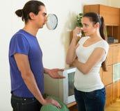Paare, die Probleme zu Hause haben Lizenzfreies Stockbild
