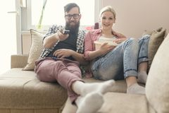 Paare, die Spaß haben Lizenzfreie Stockfotos