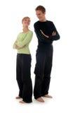 Paare, die zurück zu Rückseite stehen Stockfoto