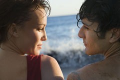 Paare durch den Ozean Stockfotografie