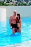 Paare im Pool Lizenzfreies Stockbild