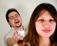 Paare mit Fokus auf Mann lizenzfreies stockbild