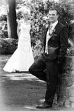 Paare, nachdem wedding - Lizenzfreie Stockfotografie