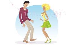 Paare schossen durch Cupidpfeil Stockfotos