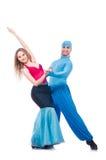 Paare Tänzer, die den modernen Tanz lokalisiert tanzen Lizenzfreie Stockbilder