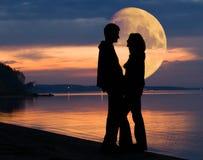 Paare und Mond Lizenzfreies Stockfoto