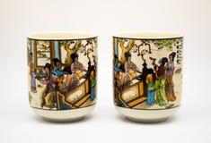 Paare von alten keramischen chinesischen Teetassen Lizenzfreies Stockbild