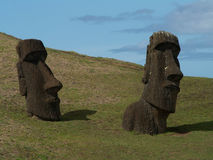Paare von Moai Stockfotografie