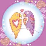 Paare von Papageien in der Liebe im runden Rahmen mit aufwändigen Herzen Lizenzfreie Stockfotografie