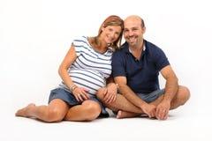Paare zusammen auf dem Fußboden Lizenzfreies Stockbild