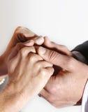 Paarholdinghände Lizenzfreie Stockbilder