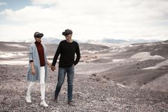 Paarreizen in virtuele werkelijkheid stock fotografie