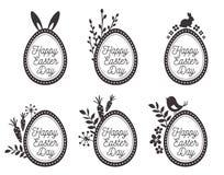 Paaseieren met konijn, eieren, vogels worden geplaatst die Gelukkige Pasen-etiketten Royalty-vrije Stock Afbeelding