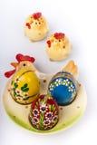 Paaseieren op ceramische plaat Royalty-vrije Stock Fotografie