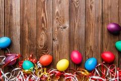 Paaseieren op houten achtergrond Stock Fotografie